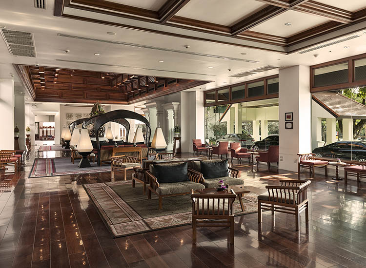 The five-star, 75-room RatiLanna Riverside Spa Resort Chiang Mai is an ideal hideaway for travelers to the northern province. // © 2017 RatiLanna Riverside Spa Resort Chiang Mai