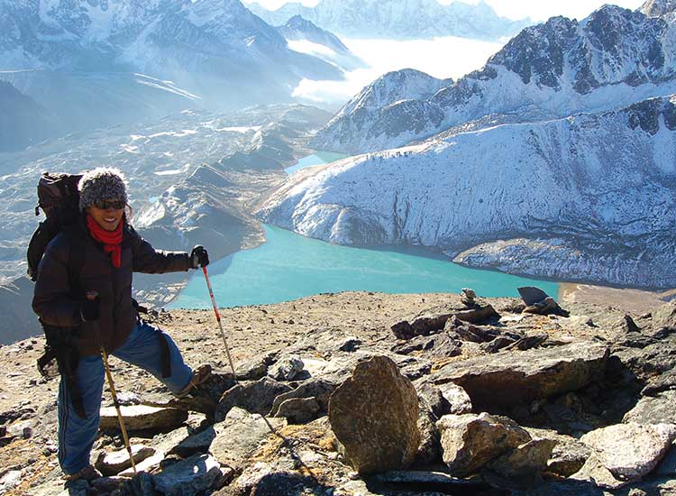 Visiting Gokyo Lakes is included in Everest Base Camp treks. // © 2015 Peregrine Adventures