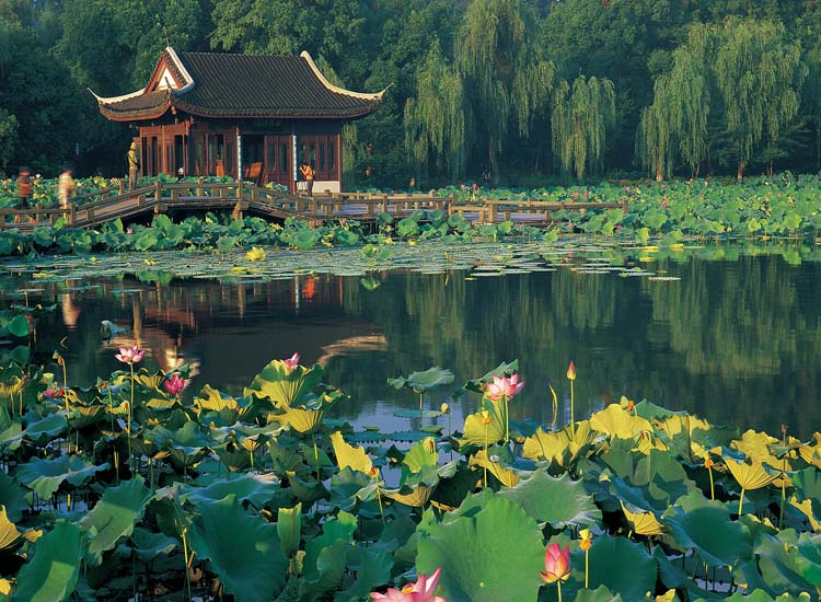 West Lake, home to a number of pagodas and arched bridges, is one of many must-see attractions in Hangzhou, China. // © 2014 Hangzhou Tourism Commission