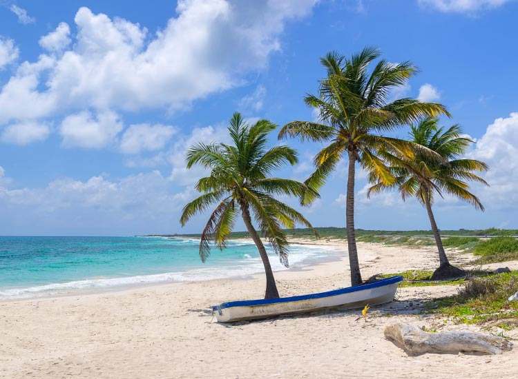 Cuba's beaches might one day feature all-inclusive resorts. // © 2015 IStock