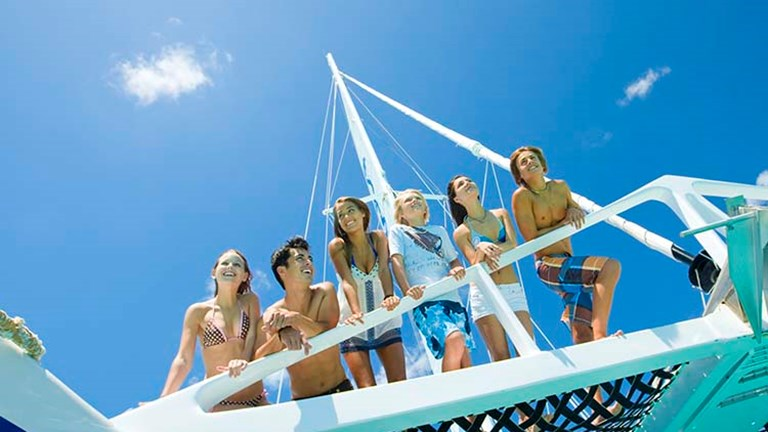 A reggae cruisie with Island Routes is ideal for hard-to-please teens. // © 2016 Island Routes