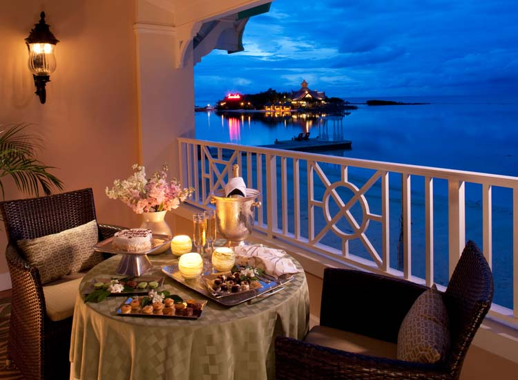 Having a private dinner on the balcony is possible with the resort's butler service. // © 2015 Sandals Resorts