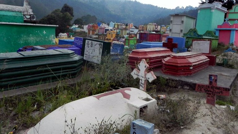 Mayans venerate their ancestors at colorful cemeteries. // (c) 2013 ASTA YPS