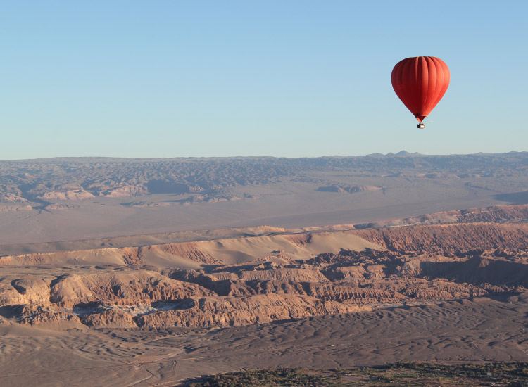 Book a hot-air balloon tour to see the Atacama region from above. // © 2017 Mark Chesnut/LatinFlyer.com
