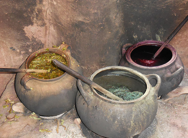 After alpaca fibers are dyed, they are boiled in hot water before being hung to dry. // © 2014 Zorianna Kit