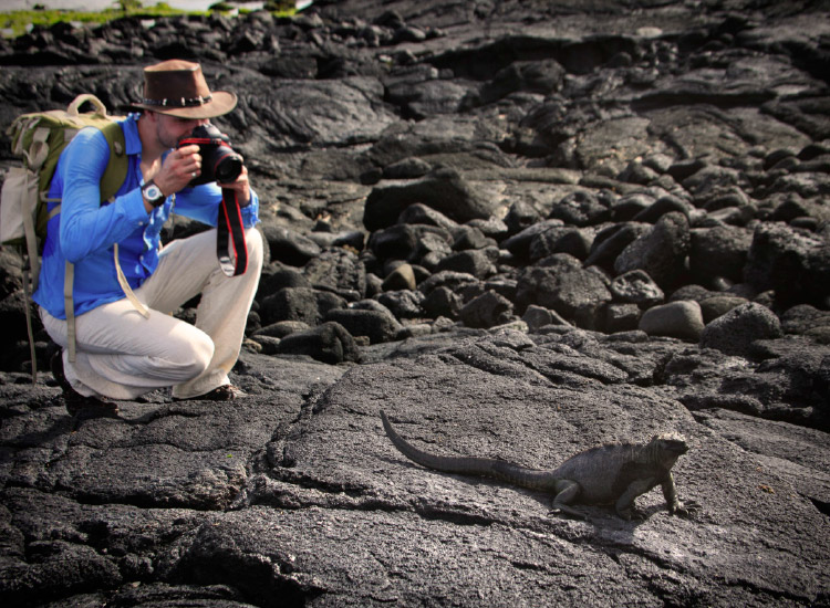 The Galapagos is an ideal destination for expedition luxury cruising. // © 2016 iStock