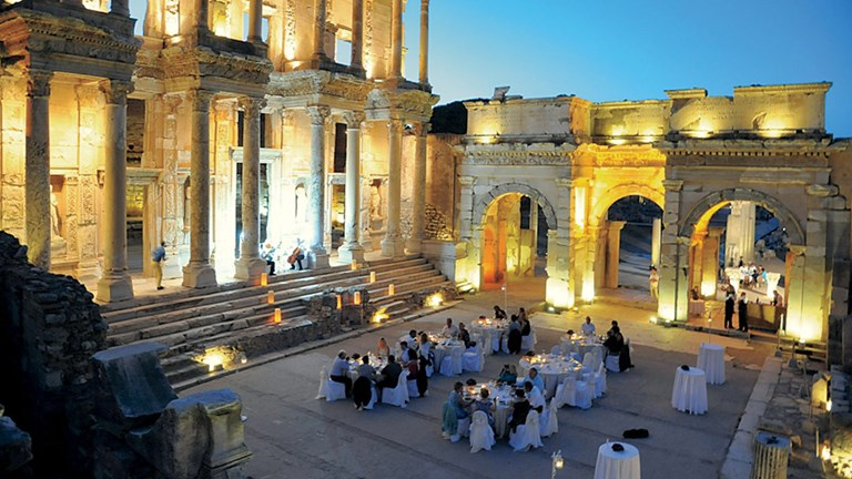 Windstar offers a memorable dining experience in Kusadasi, Turkey.