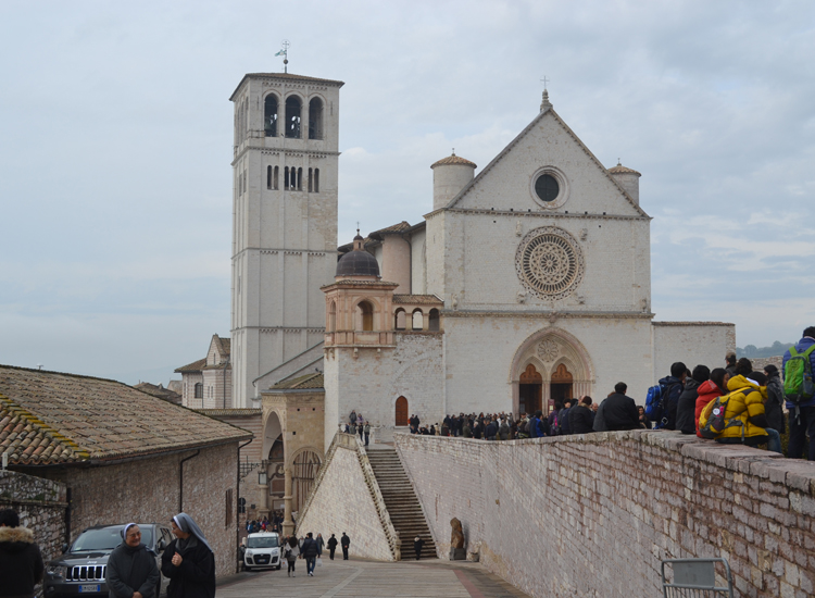 We also visited the top attractions, such as the Basilica of San Francesco d'Assisi. // (c) 2013 Mindy Poder