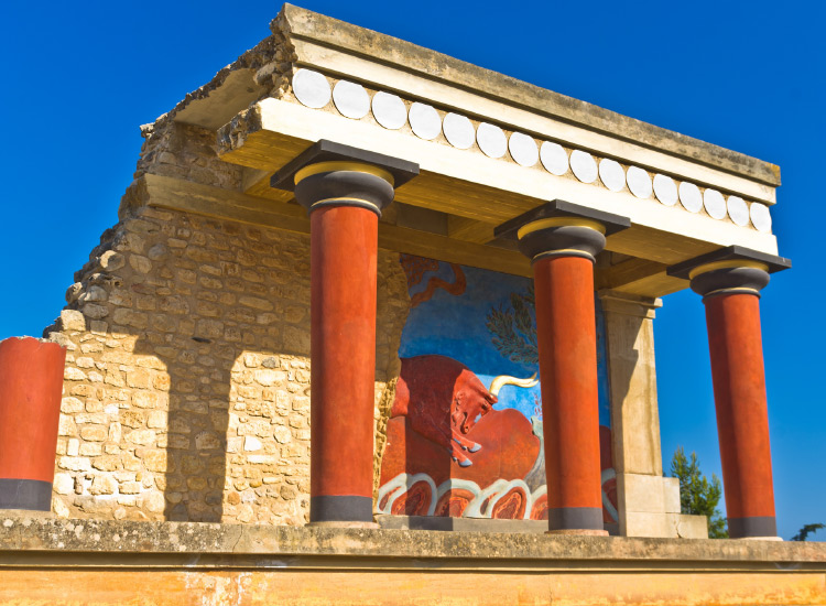 The partially reconstructed ruin of Knossos on Crete dates back to 7000 B.C.// © 2016 iStock