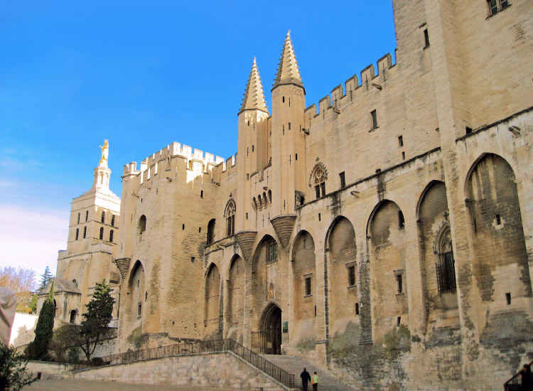 In Avignon, don't miss the Palais des Papes, a UNESCO World Heritage Site dating back to the pope's residency in Avignon. // © 2016 iStock