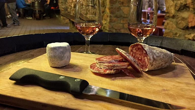 At The Clochemerle Cave, visitors can taste wines while munching on charcuterie and cheese. // © 2017 Creative Commons user weekendwayfarers