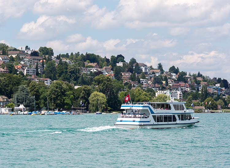 Lake Zurich Navigation Company carries both commuters and tourists alike, making stops at several towns along Lake Zurich's shore. // © 2018 Ben McBee