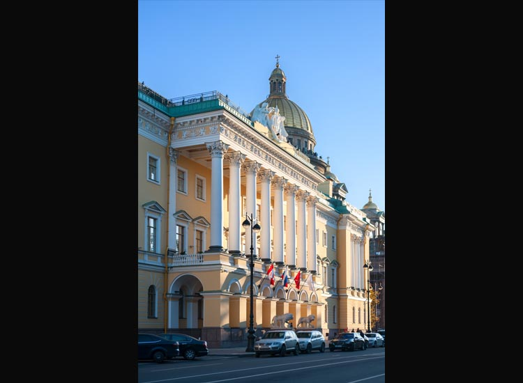 The hotel is located in the city center of St. Petersburg. // © 2016 Four Seasons Hotels and Resorts