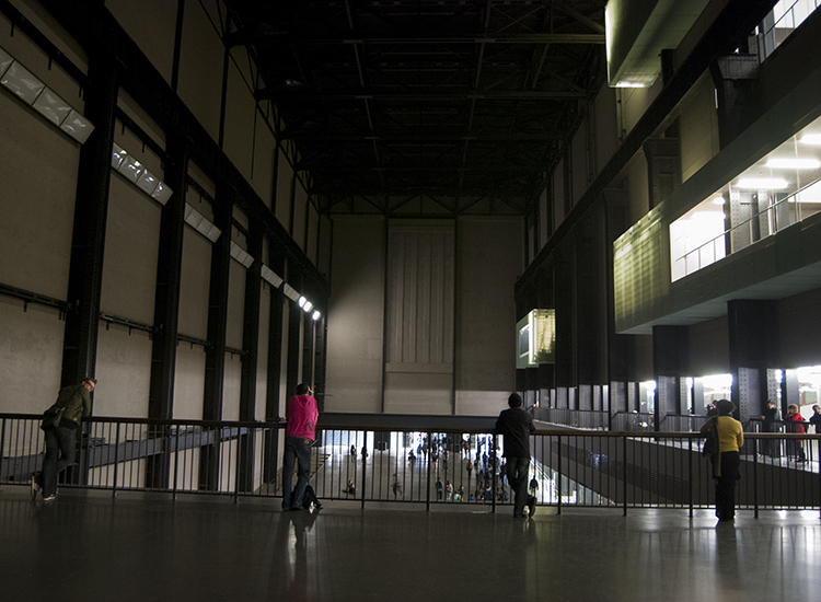 Tate Modern Turbine Hall is a fantastic, all-encompassing space. // © 2015 Melissa Karlin