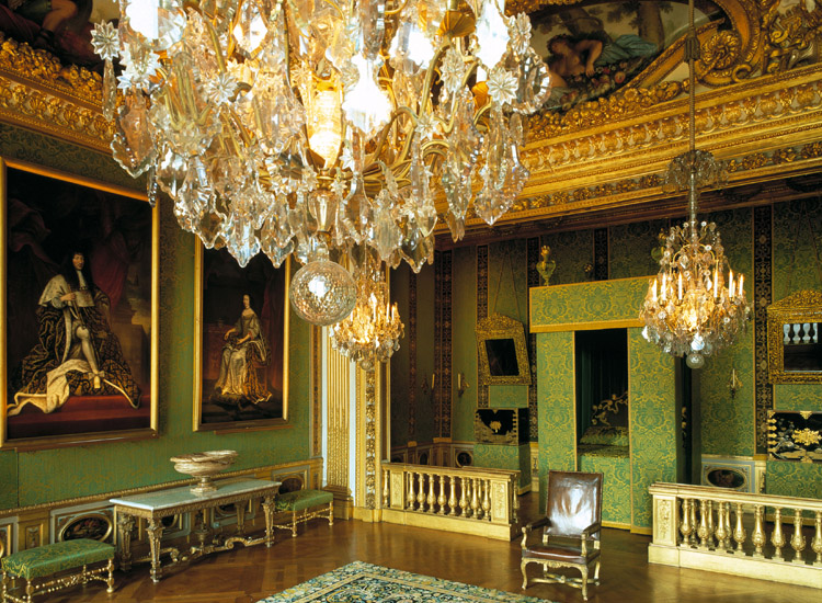 "In ""la chambre du roi"" (the king's bedroom), the exceptional furnishings and the ceiling created by Charles Le Brun reveal Nicolas Fouquet's passion for the arts. // © 2014 Jean-Baptiste Leroux"