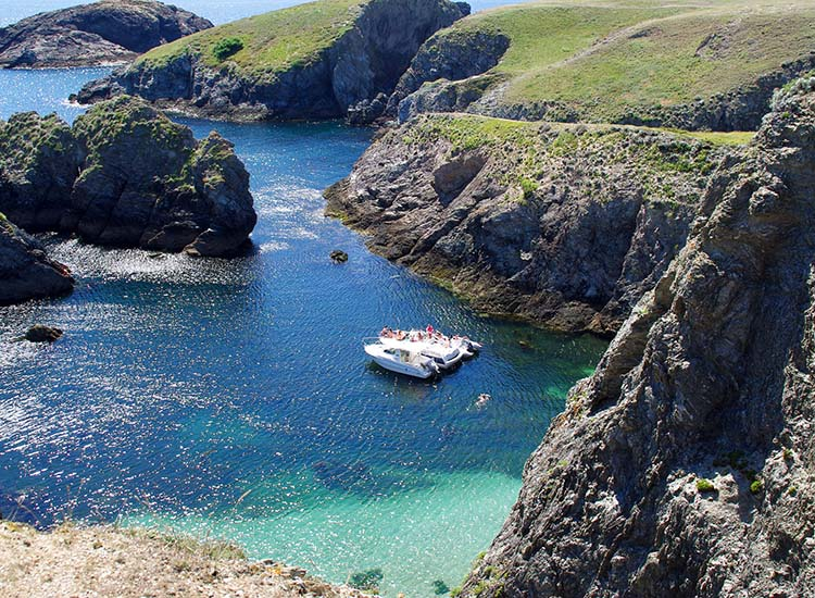 When choosing a European island getaway, skip obvious choices in favor of an undiscovered island, such as Belle Ile en Mer in France. // © 2017 Creative Commons user shogunangel