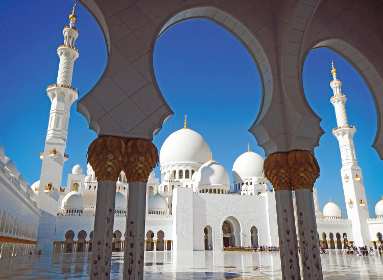 Abu Dhabi's Sheikh Zayed Grand Mosque, Second Place, 2014 TravelAge West reader photo contest // © 2014 Michael Costanzo