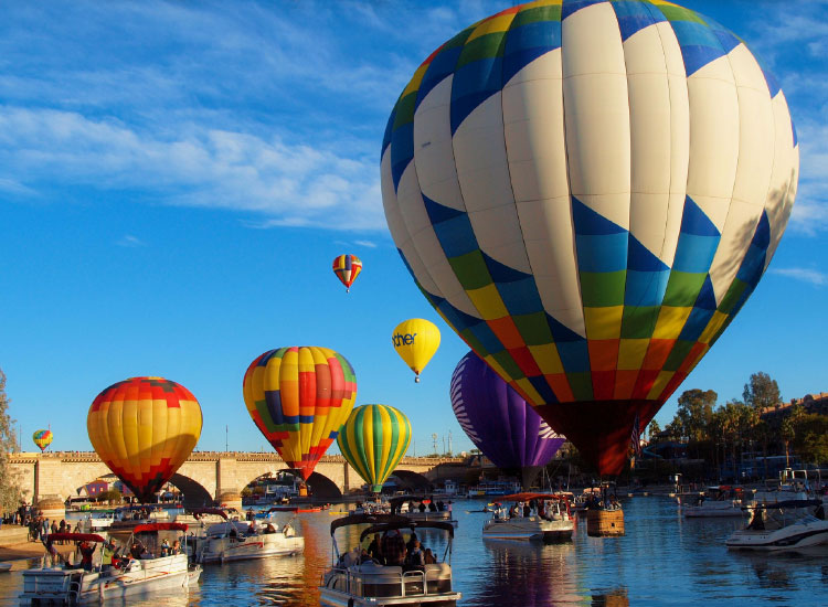 Lake Havasu Balloon Festival, Third Place, 2015 TravelAge West reader photo contest // © 2015 Becky McGuire