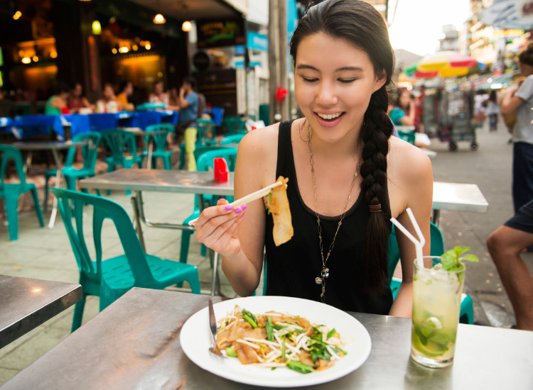 Thailand is a destination known for its affordable cuisine. // © 2017 iStock