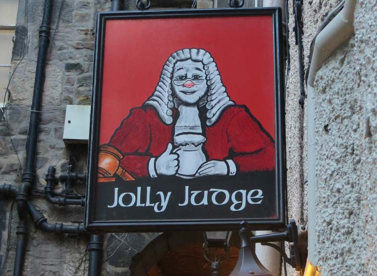 The Jolly Judge is one pub frequented by some of the most famous authors in Scottish history according to the Edinburgh Literary Pub Tour. // © 2015 Creative Commons user alljengi