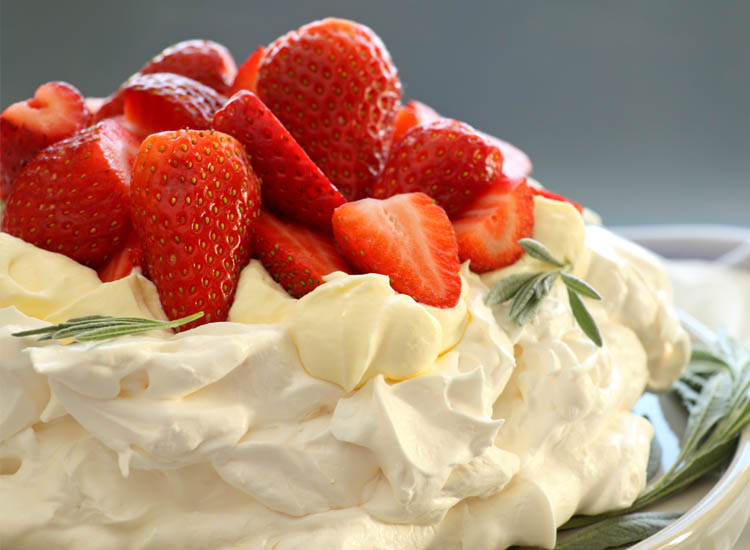 Oxford English Dictionary's online edition put Australia and New Zealand's feud to rest by recognizing the pavlova as a New Zealand invention. // © 2014 Thinkstock