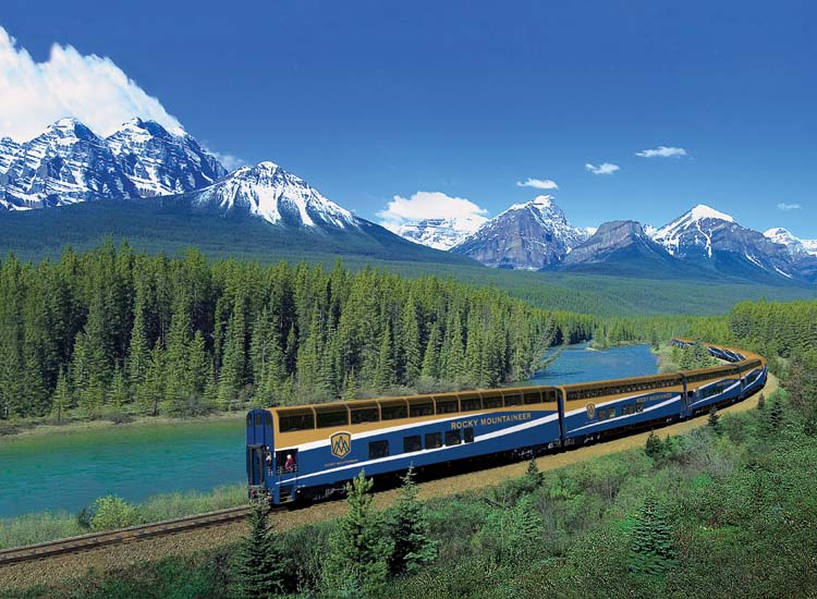 "Rocky Mountaineer's ""First Passage to the West"" route is one of its most popular routes. // © 2015 Rocky Mountaineer"