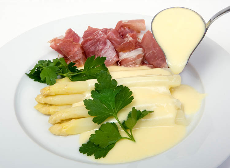Spargel, or white asparagus, is the most popular variety in Germany. // © 2014 Thinkstock