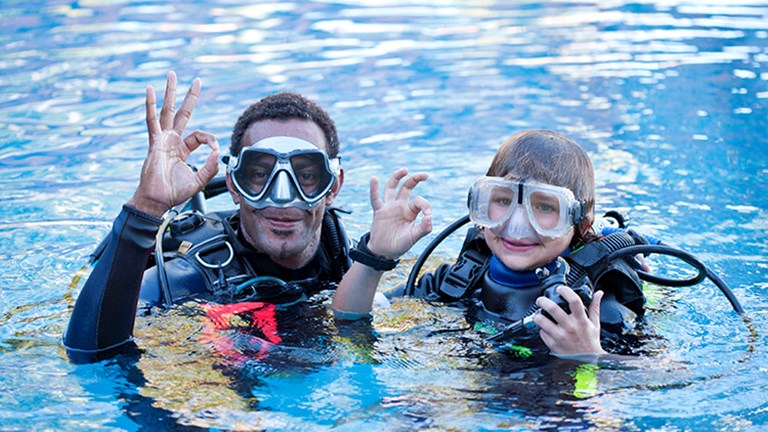 Popular activities at Jean-Michel Cousteau Resort all involve marine life with an eco-focus. // © 2014 Jean-Michel Cousteau Resort