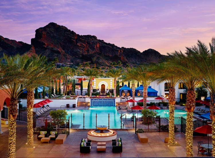 Omni Scottsdale Resort & Spa at Montelucia provides a convenient base for visitors. // © 2016 Omni Scottsdale Resort & Spa at Montelucia