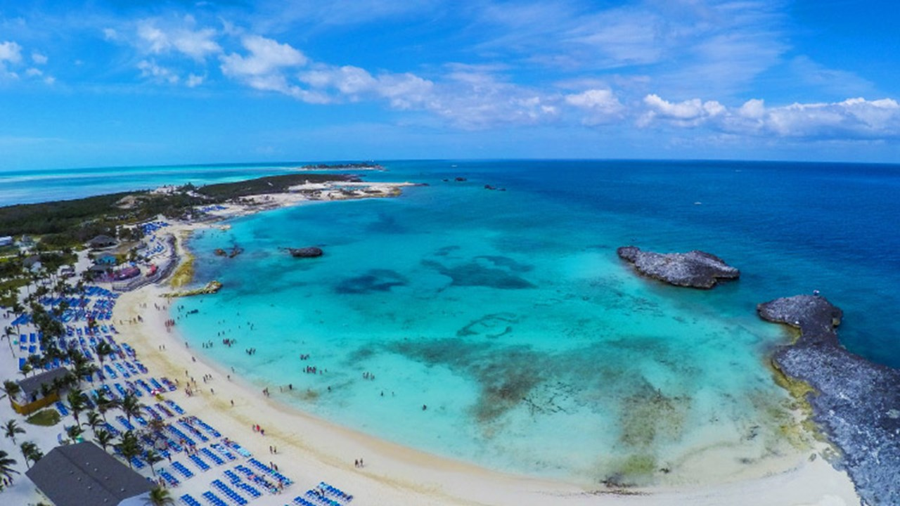 Great Stirrup Cay is used by Norwegian Cruise Line, Oceania Cruises and Regent Seven Seas Cruises. // © 2018 Norwegian Cruise Line
