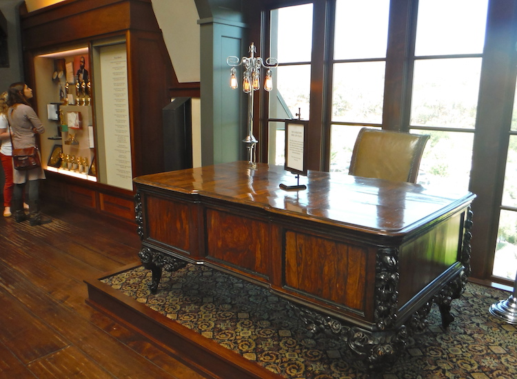 "The actual desk used by Marlon Brando's Don Corleone character from ""The Godfather"" films sits in the winery's upstairs gift shop. // ©2015 Zorianna Kit"