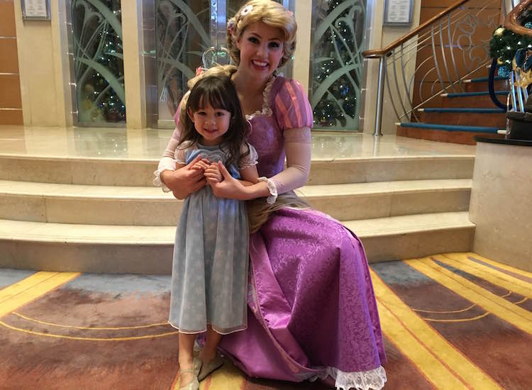 Littles ones can greet and even dance with their favorite Disney princesses. // © 2016 Chelsee Lowe
