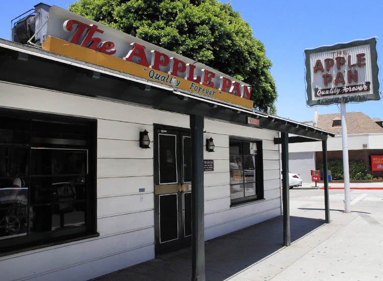 Prospective students can get a glimpse of an older LA at The Apple Pan, a local, iconic burger shack.. // © 2015 Creative Commons user aloha75
