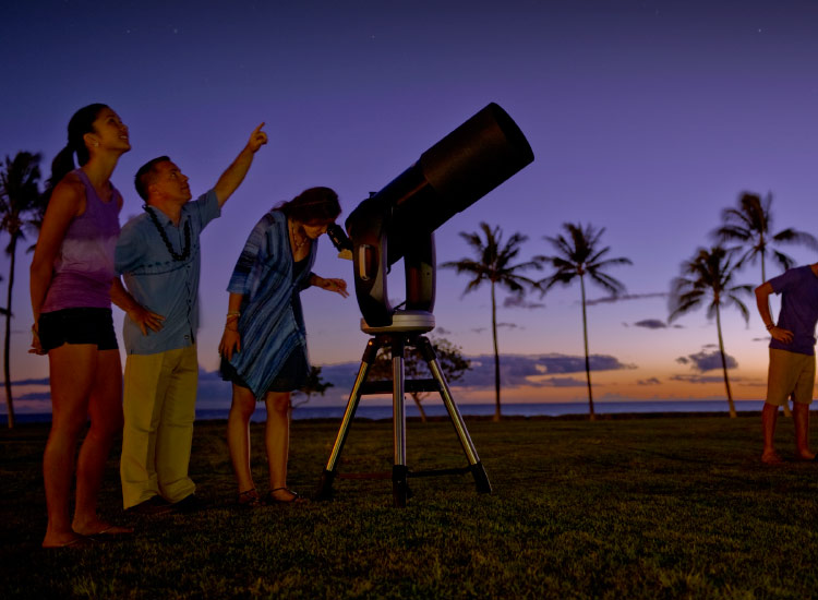 Aulani, A Disney Resort and Spa offers stargazing. // © 2014 Disney