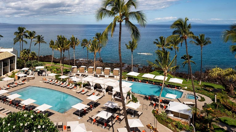 With updated resorts, fine dining and top golf courses, Wailea is surging among high-end Maui visitors.