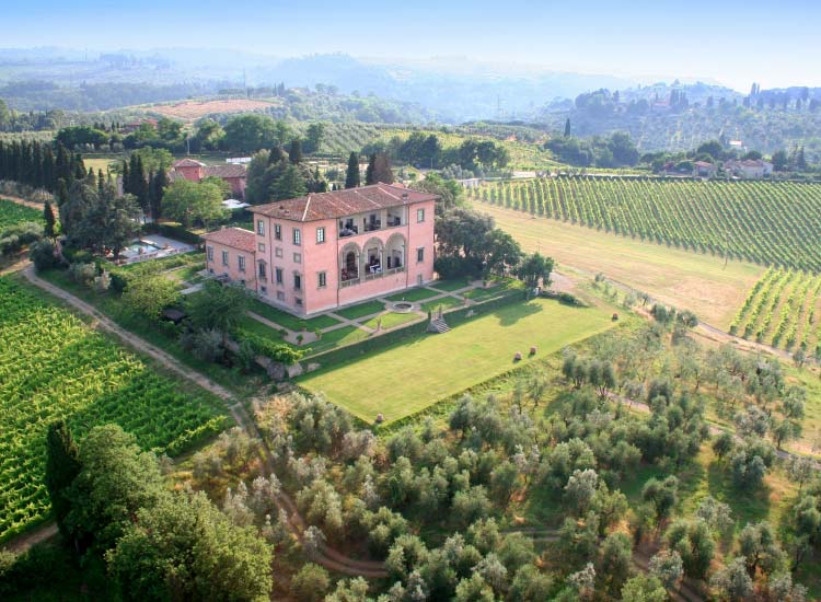 Italy's Villa Machiavelli // © 2015 Villas of Distinction