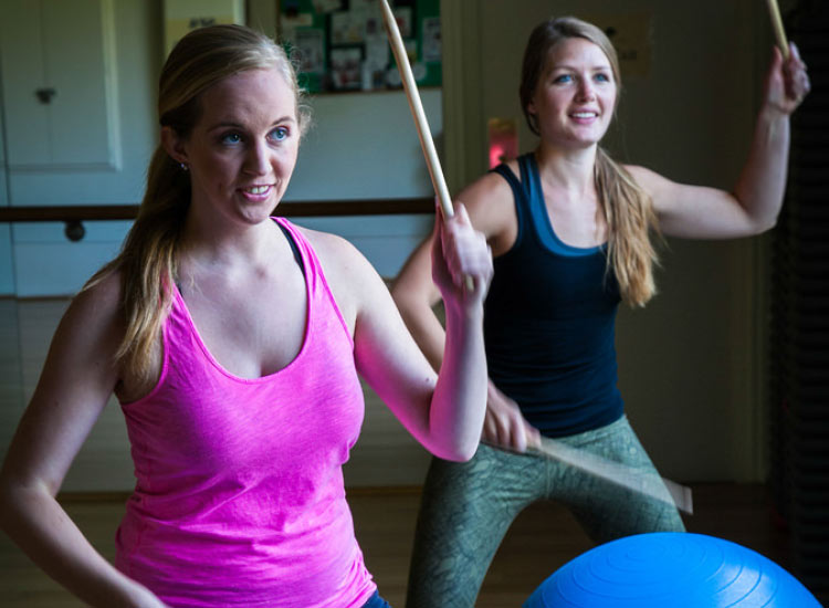 Drum ball is one of the strength-building fitness classes offered at The Oaks at Ojai. // © 2015 The Oaks