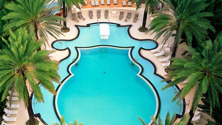 Jaw-Dropping Hotel Pools 6