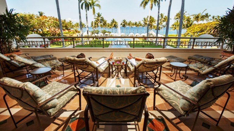 An oasis within an oasis, Maui's Grand Wailea is just steps away from Wailea Beach. // © 2014 Grand Wailea
