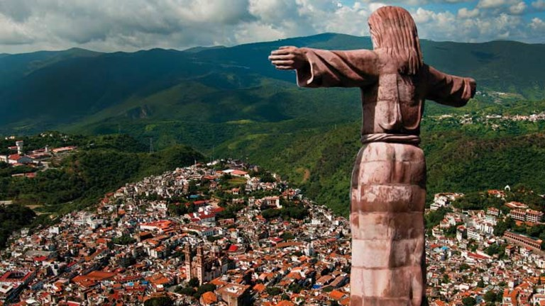 For a taste of old Mexico, clients might head to Taxco, a former mining town. // © 2015 Sun Triangle
