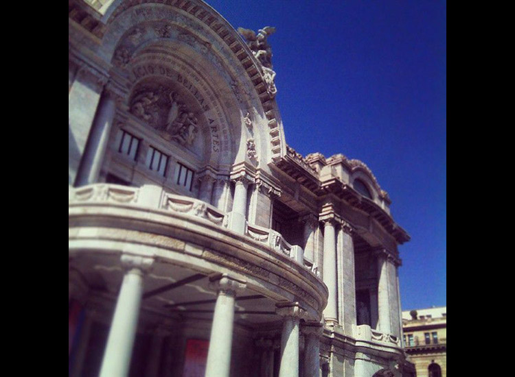 Palacio de Bellas Artes Palacio de Bellas Artes is a popular spot in Mexico City. // © 2015 Instagram user palaciooficial