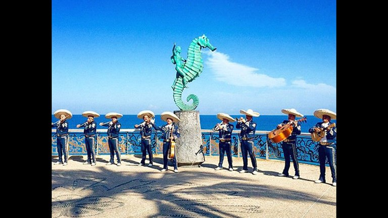 The Malecon boardwalk in Puerto Vallarta plays host to many interesting sculptures. // © 2015 Instagram user kyshakh