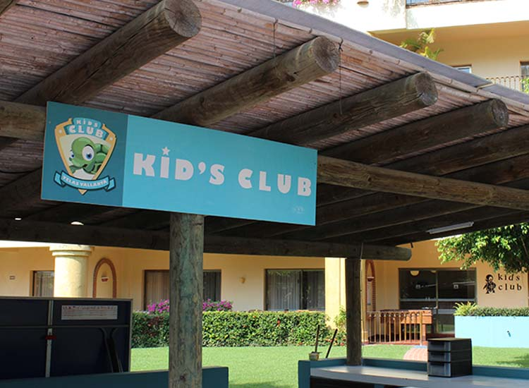 The hotel's kids' club has both an indoor and an outdoor section. // © 2015 Garrett Kuwahara