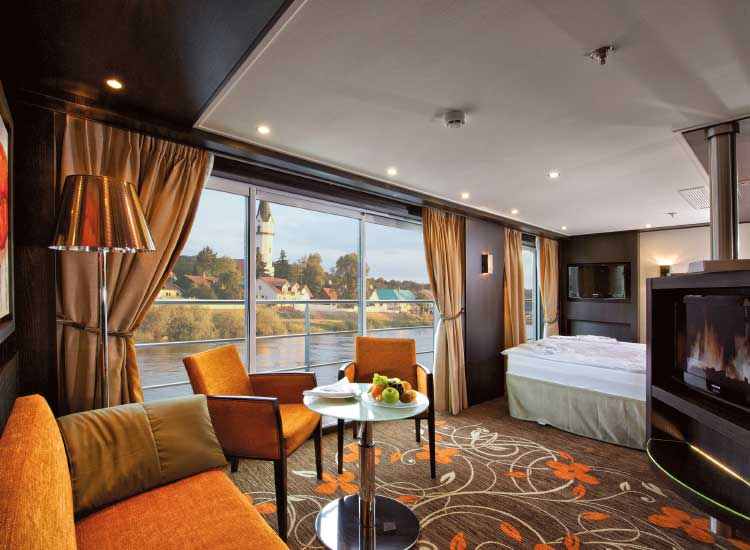 The interior of a Royal Suite on the Avalon Visionary // (c) 2014 Avalon Waterways