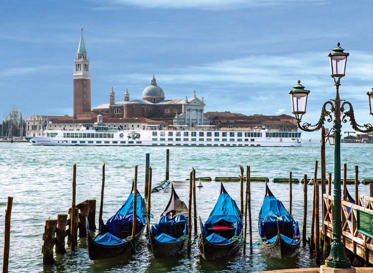The River Countess in Venice, Italy // © 2013 Uniworld Boutique River Cruise Collection