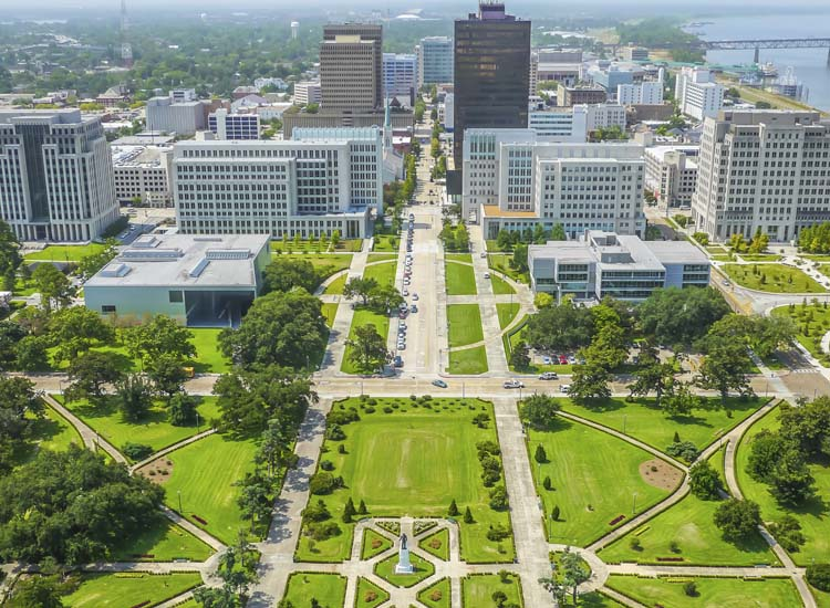 Baton Rouge, La., offers diverse architecture, outdoor markets and must-try regional cuisine. // © 2014 Thinkstock