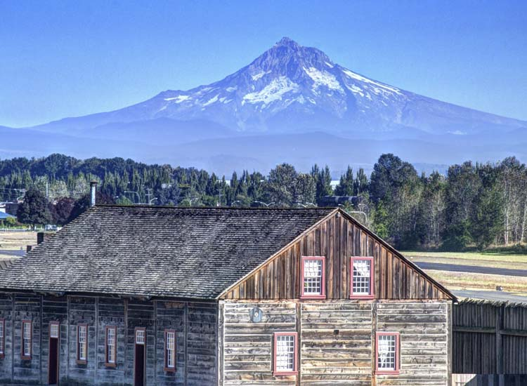 In Vancouver, Wash., cruisers might visit a local brewery or winery, or head to Fort Vancouver for a history lesson and great views of Mount Hood. // © 2014 Thinkstock