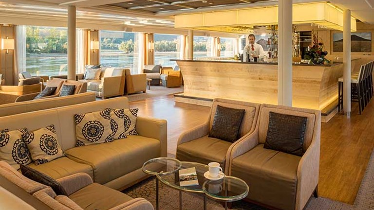 Viking River Cruises_observation lounge