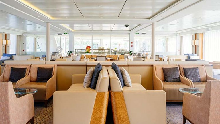 Viking River Cruises_observation lounge2