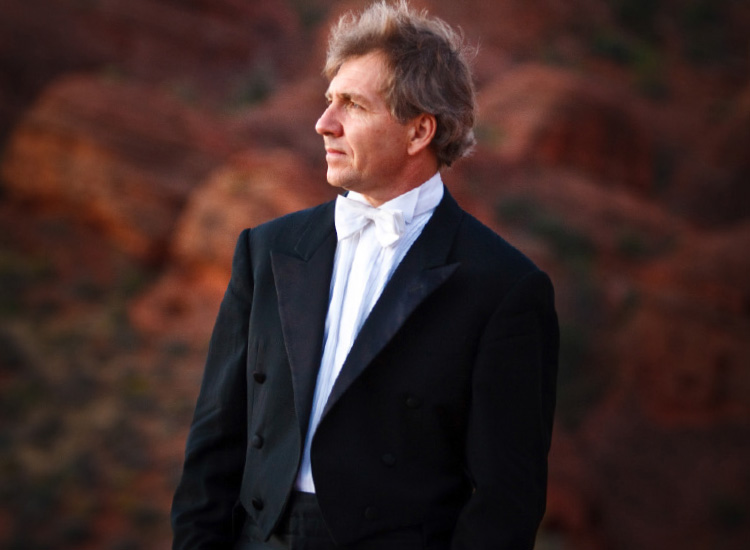 "Enjoy a beautiful symphony performance in one of Utah's ""Mighty 5"" parks. // © 2014 Utah Symphony"